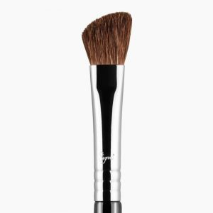 SIGMA - E70 - Pincel angulado mediano para sombras MEDIUM ANGLED SHADING BRUSH